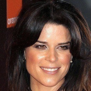 Neve Campbell 2 of 9
