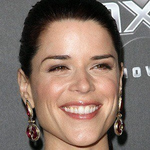Neve Campbell 4 of 9