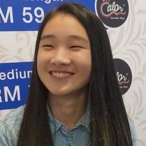 Ng Xin Yi 2 of 6