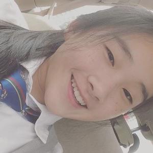Ng Xin Yi 3 of 6