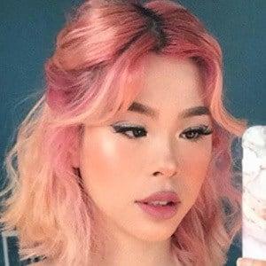 Nica Phan Headshot 5 of 10