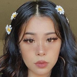 Nica Phan Headshot 8 of 10
