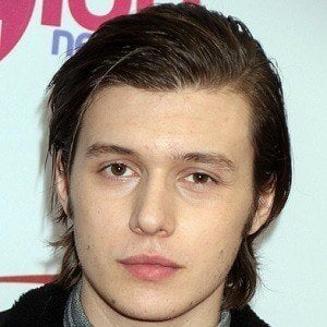 Nick Robinson 4 of 6