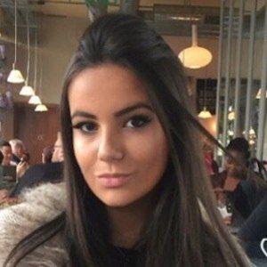 Nicole Corrales 8 of 10