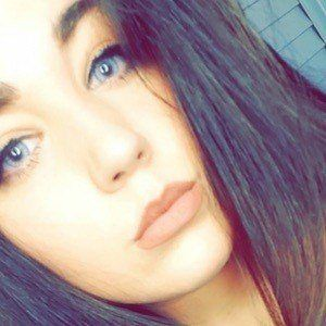 Nicole Juliana 3 of 7
