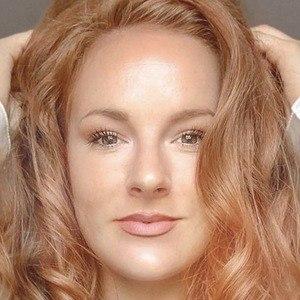 Nicole Simpson 5 of 10