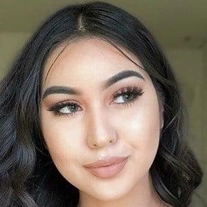 Nicole Valadez 4 of 6