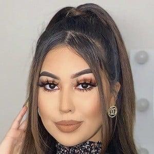 Nikki Valadez Headshot 7 of 10