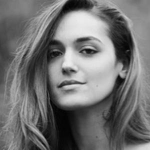 Nicole Zyana 5 of 5