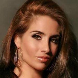 Nikki Giavasis 2 of 6