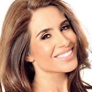 Nikki Giavasis 5 of 6