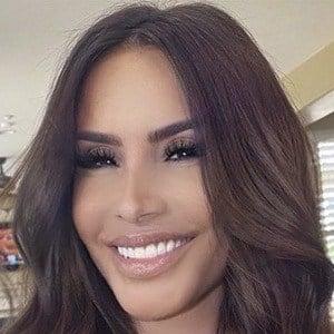 Nikki Giavasis Headshot 9 of 10