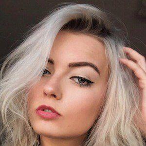 Nikki Orion 5 of 10