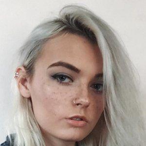 Nikki Orion 8 of 10