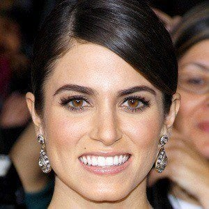 Nikki Reed 4 of 10