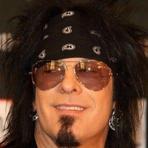 Nikki Sixx 8 of 10
