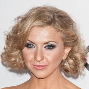 Nina Arianda 3 of 5