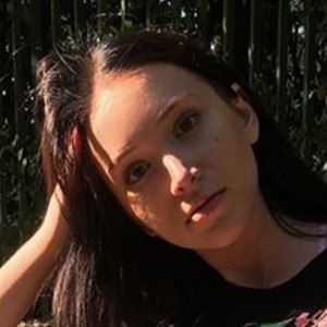 Nina Laurel 6 of 6