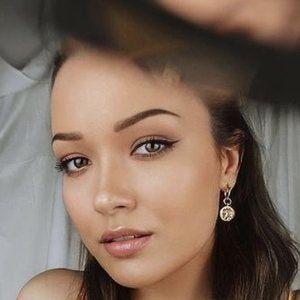 Nina Skalikova 5 of 10