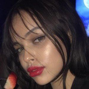 Nisrina Sbia 4 of 10