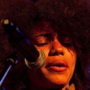 Nneka 3 of 4