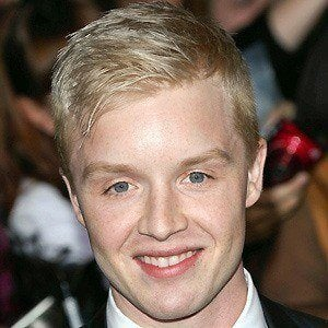 Noel Fisher 3 of 10