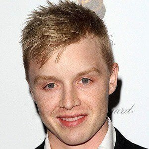 Noel Fisher 4 of 10