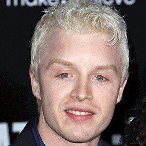 Noel Fisher 5 of 10
