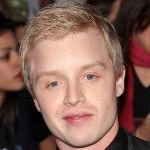 Noel Fisher 9 of 10