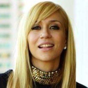 Noelia 4 of 5