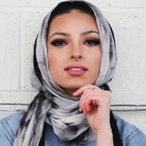 Noor Tagouri 2 of 5
