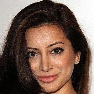 Noureen Dewulf 2 of 5