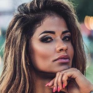 Nucia Freitas 5 of 6