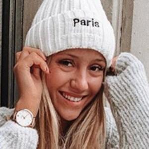 Nuria Blanco 4 of 5