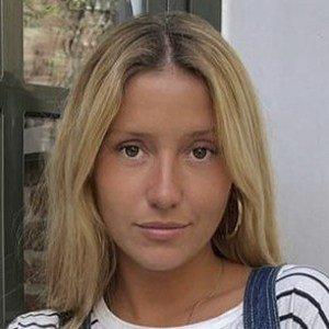 Nuria Blanco 6 of 10