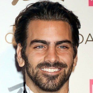 Nyle DiMarco 4 of 7