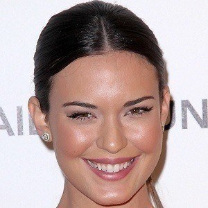 Odette Annable 3 of 10
