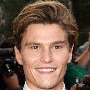 Oliver Cheshire 2 of 6
