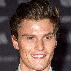 Oliver Cheshire 3 of 6