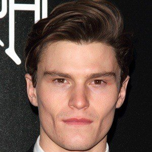 Oliver Cheshire 4 of 6