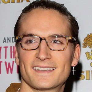 Oliver Proudlock 3 of 7