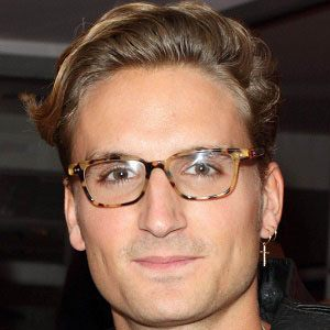 Oliver Proudlock 5 of 7