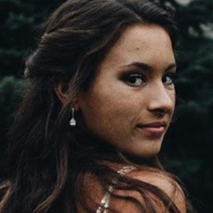 Olivia Adams 2 of 10