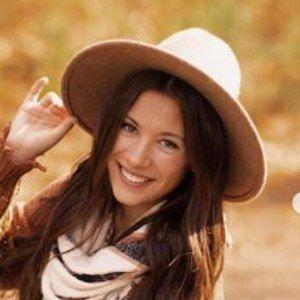 Olivia Adams 4 of 10