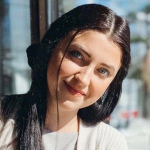 Olivia Biermann 3 of 6
