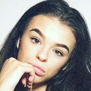 Olivia Byard 5 of 6
