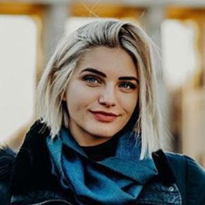 Olivia Caridi 2 of 4