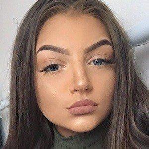 Olivia Claudia 8 of 10