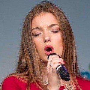 Olivia Garcia 7 of 10