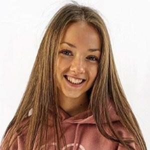Olivia Greenhalgh 4 of 5
